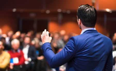 7 Things to Consider When Hiring a Keynote Speaker