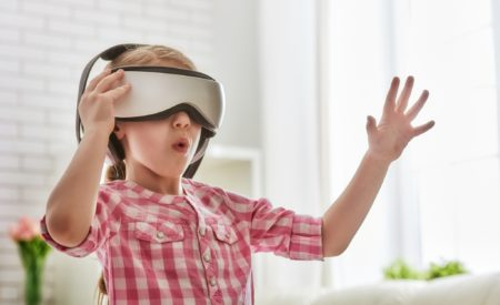 Honda's Virtual Reality Experience Spreads Holiday Cheer to Sick Kids